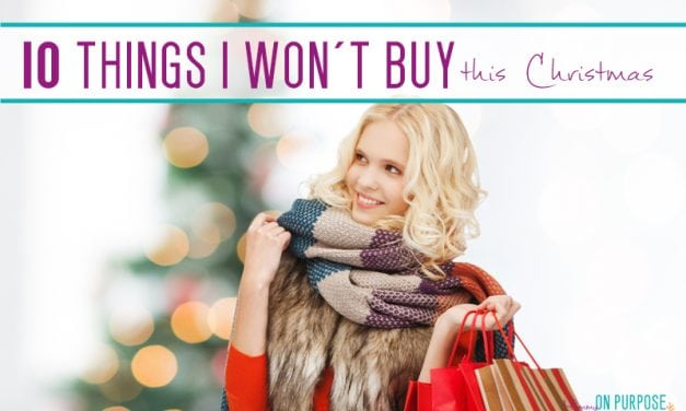Saving money at Christmas -10 things I won't buy this year
