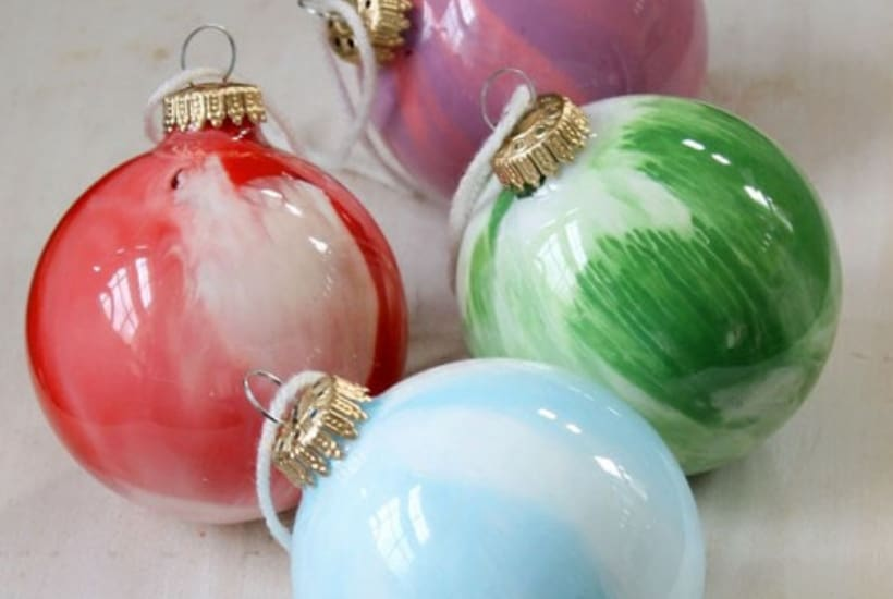 diy christmas ornament to make with toddlers glass